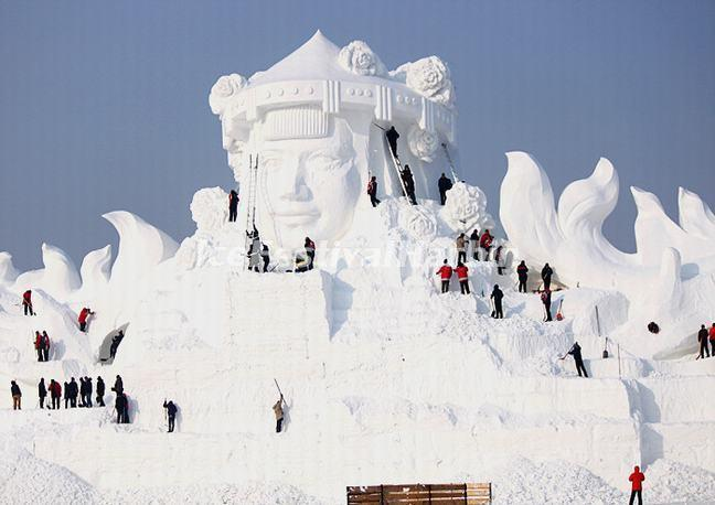 2013 Harbin Snow Sculpture Art Expo Images