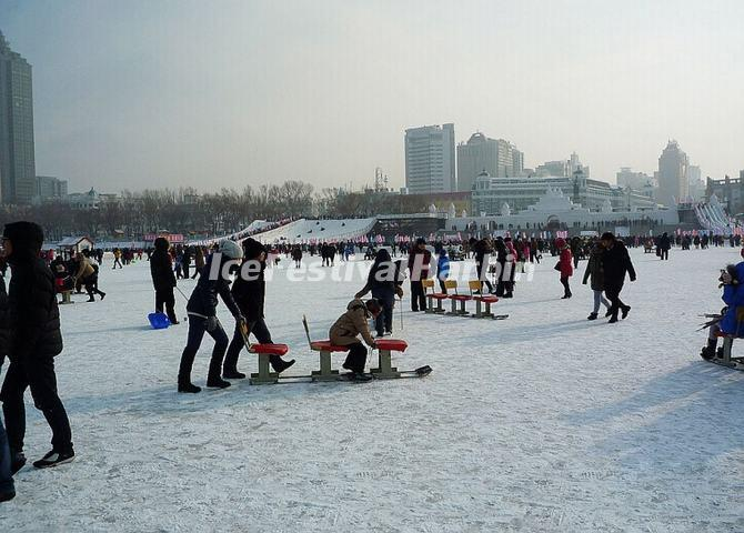Ice Activities at Songhua River Ice and Snow Happy Valley 2014