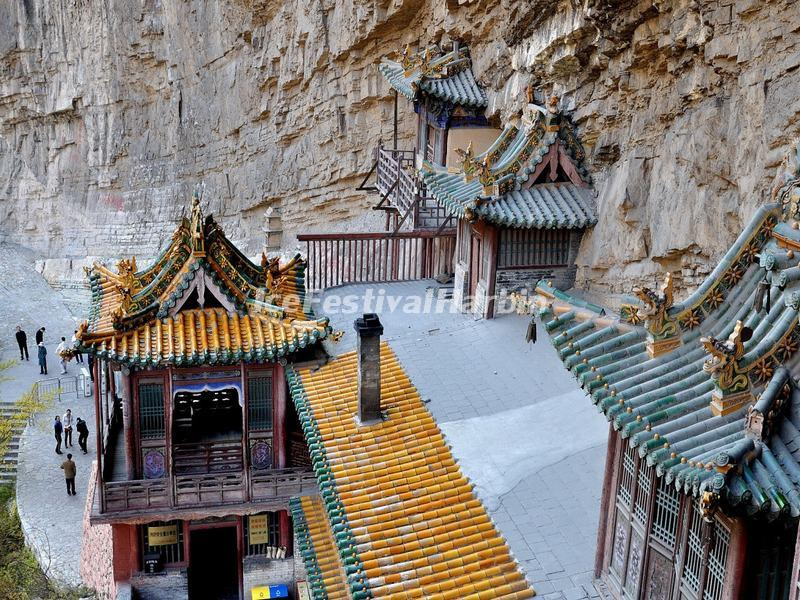 An Overlook from the Hanging Temple