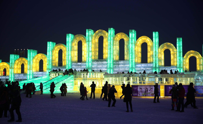 Harbin Ice And Snow World Wallpaper Harbin Ice Festival