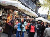 Tourists Visit Chegndu Jinli Ancient Street