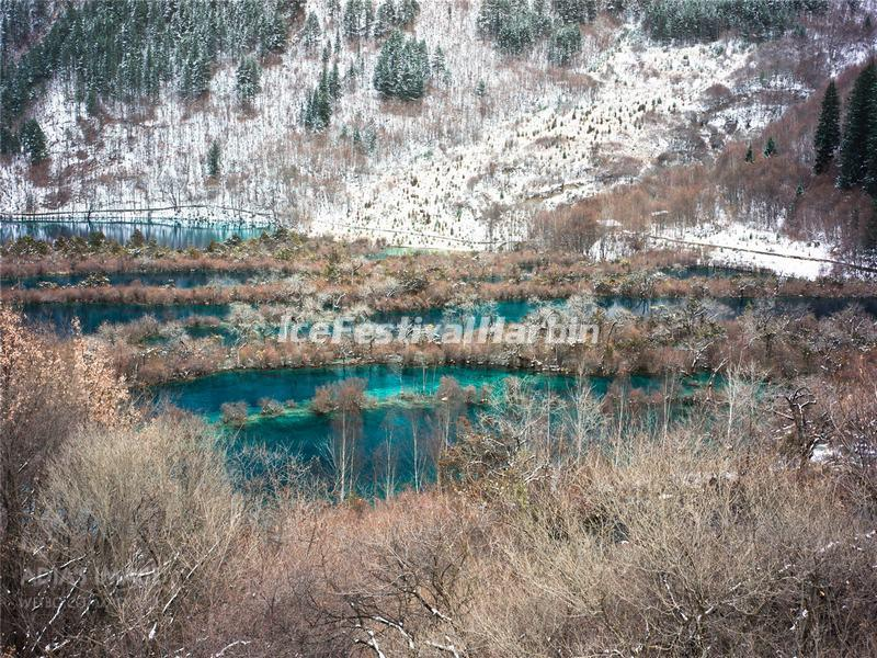 Jiuzhaigou Valley Suzheng Lakes in Winter