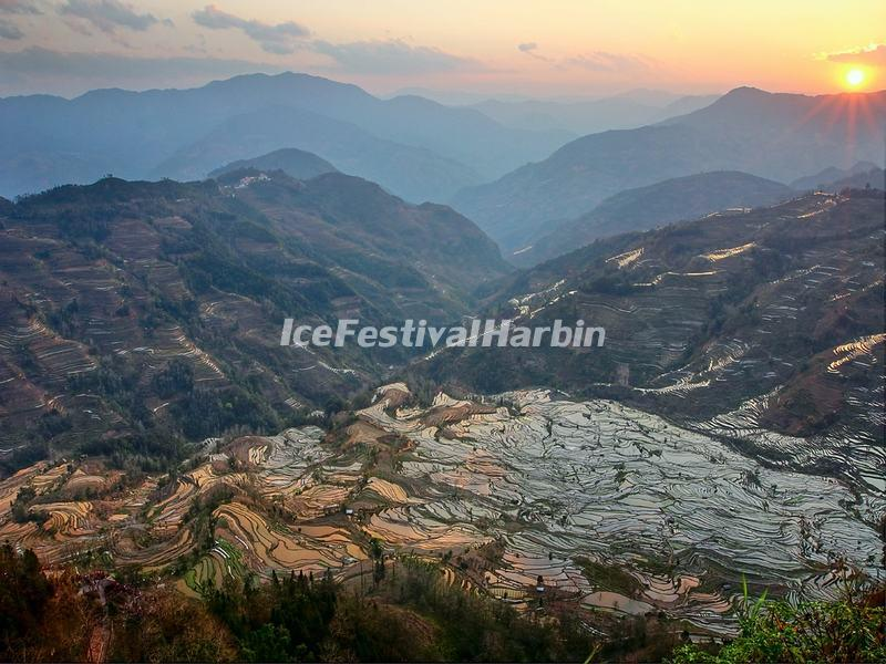 Sunset and the Laohuzui Rice Terraces