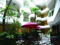 New Gloria Garden Plaza Hotel Harbin Courtyard