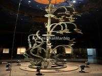 The Broze Heaven-linking Tree in Chengdu Sanxingdui Museum
