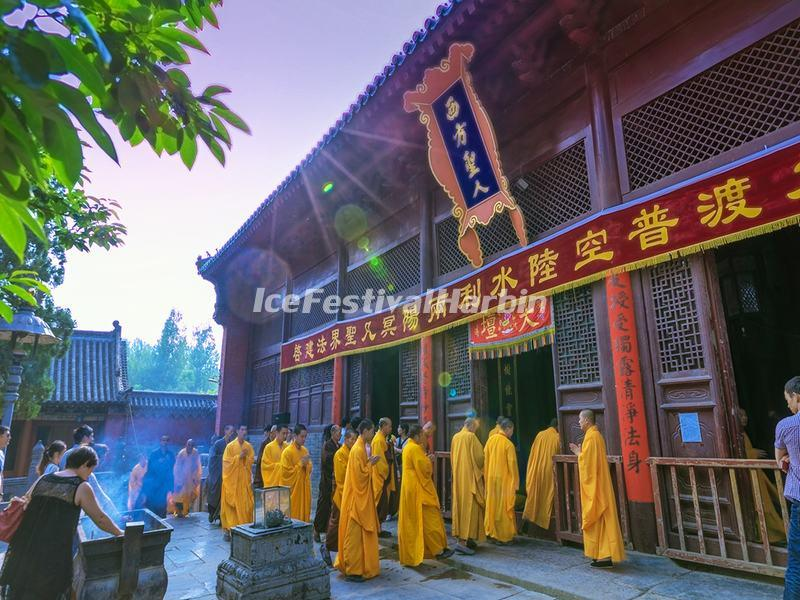 Shaolin Temple Monks