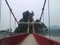 The Bridge Linking to Shibaozhai Temple