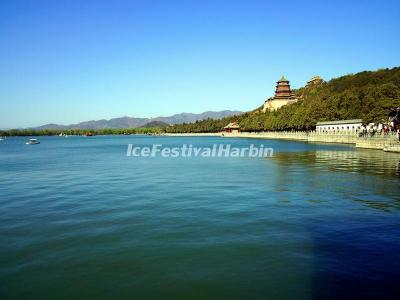 Kunming Lake in Summer Palace