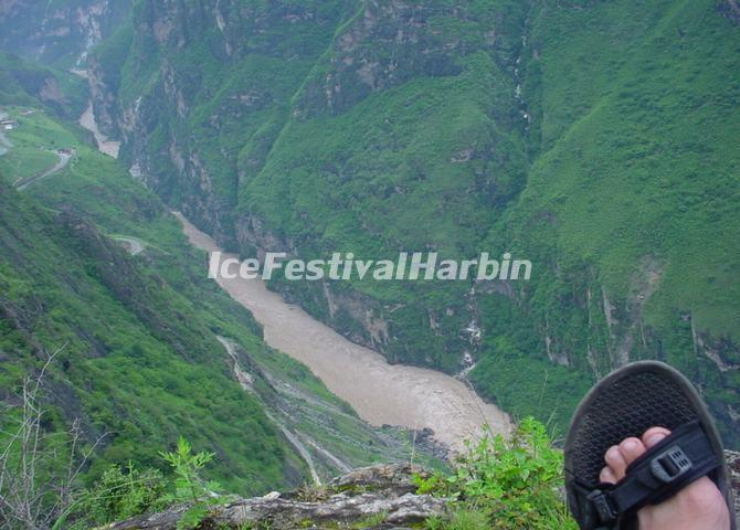 Tiger Leaping Gorge Climbing