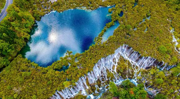 3-day Mounigou Jiuzhaigou Huanglong Tour